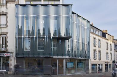 Agency GIBOIRE Morbihan Heavy glass facade