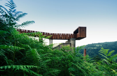 Walkway-lookout in Rioseco
