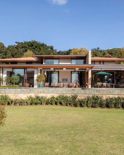 EQ Residence