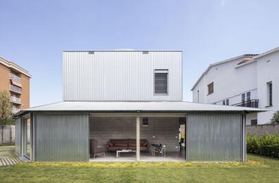 House 905