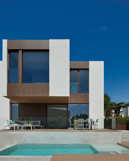 Modular custom house in Barcelona