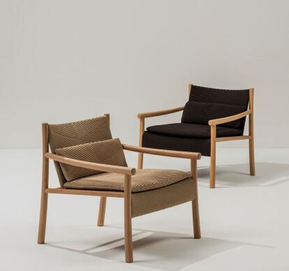 Kata - Armchair 4 wood legs