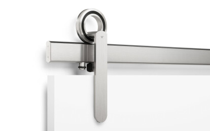 Baldur Face Mount in Brushed Stainless