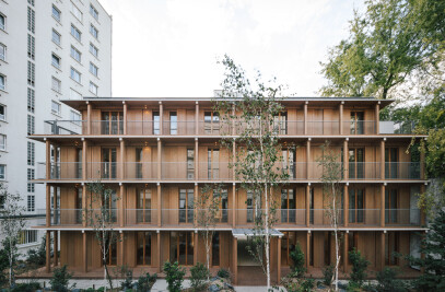 14 dwellings in the heart of a Parisian block
