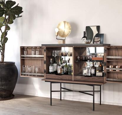 HARRI home bar