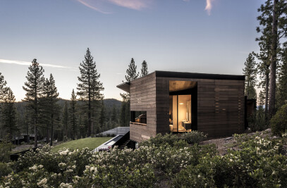 Viewfinder House