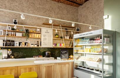 Avoca Café, Oradea
