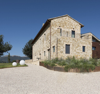 Restructuring and extension of a rural farmhouse