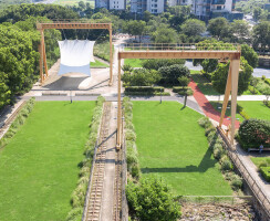 The history layer:gantry cranes and rails