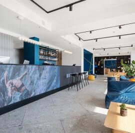 Hoody Active & Happiness Hotel