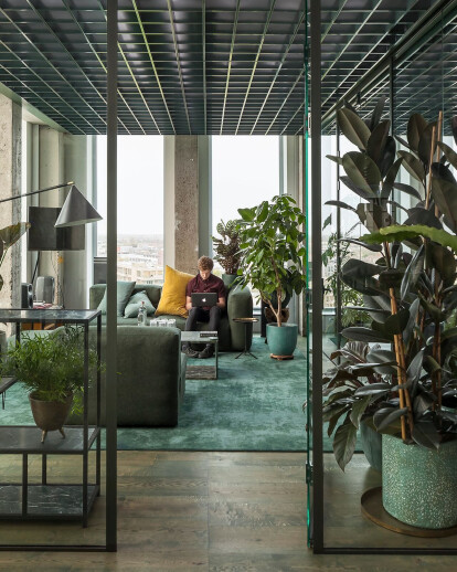 Sony Music Office in Amsterdam renovates a 60s icon with inspiring acoustic and visual strategies