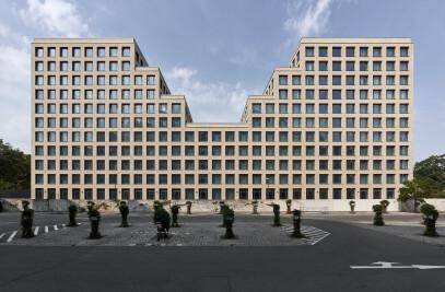 Hotel and Office Building Werdauer Weg