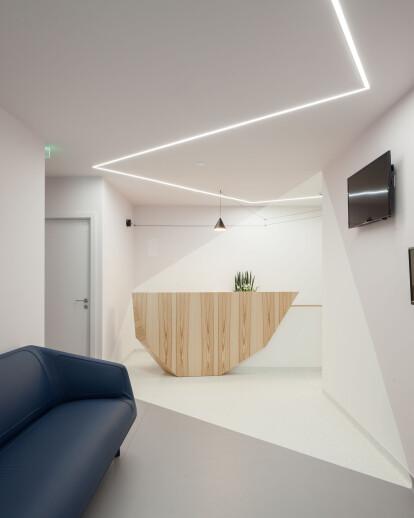 "Dental Clinic ""Alfredo Queirós"""
