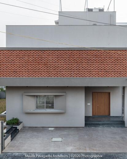 The Trigon Screen House