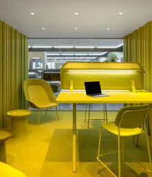 30 monochrome interiors