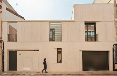 Three Courtyard House