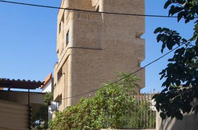 -43m2 Building