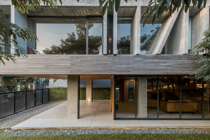 Banjar House in South Tangerang, Indonesia, finds form in its response to site orientation and sun