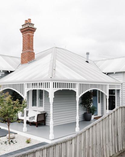 Two distinct halves residence