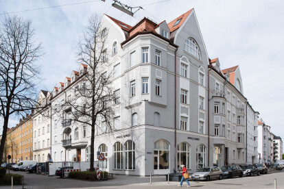 Located in an Art Nouveau building from 1906