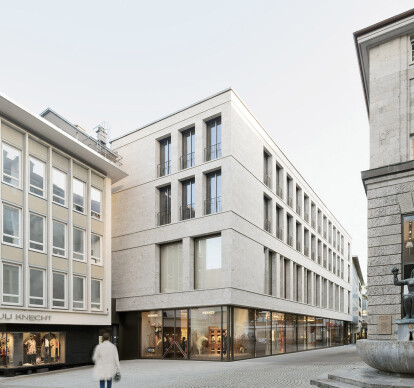 Office and Commercial Building at Stiftstr. 3