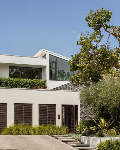 Lush Beverly Hills Bungalow
