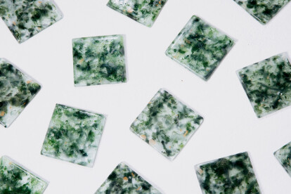 Snøhetta, Studio Plastique and Fornace Brioni give glass from electronic waste new life in the form of glass tile
