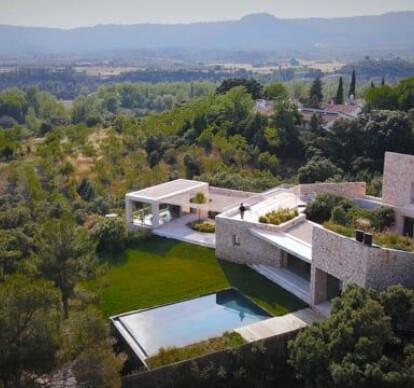Villa Icaria