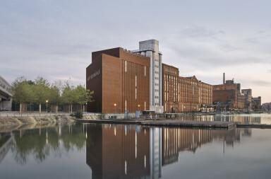 MKM Museum extension by Herzog & de Meuron blends with existing Küppersmühle grain mill