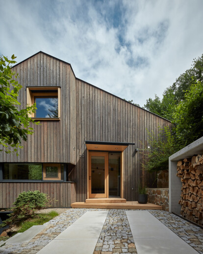 Cottage Inspired by a Ship Cabin