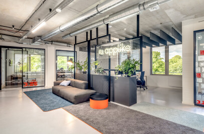 AppLike office fit-out