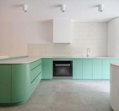 Quesnel Apartment